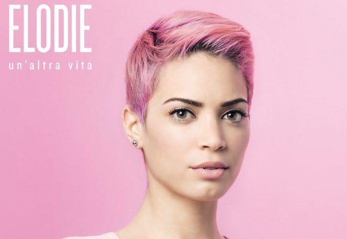 Elodie Di Patrizi è una finalista di Amici 2016. Il suo album d'esordio, Un'Altra Vita, esce domani 20 Maggio e sarà prodotto da Emma Marrone.