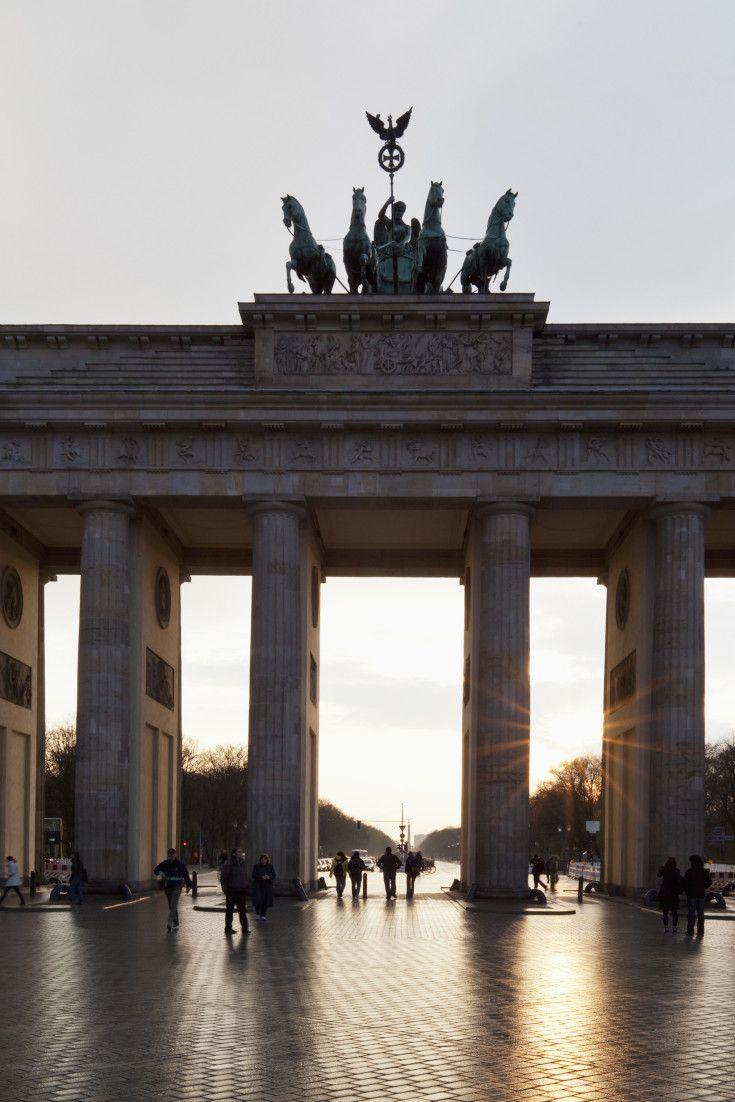 So sah das zerstörte Berlin 1945 in Farbe aus