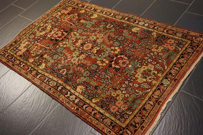 Prachtige antieke handgeweven Jugendstil Perzische deken ons Amerikaans Sarough Saruk gemaakt in Iran 100 x 150 cm  Wordt aangeboden een handgeknoopte Perzische oosters tapijt. Deze tapijten worden vervaardigd in gerenommeerde knopen gebieden.Deze stukken zijn kunstwerken van de beste kwaliteit in zowel materiaal als handwerk.Afwerking: HandgeknoopteAfmeting: 100 X 150 cmPatroon: Amerikaanse Sarouk wederingevoerd tapijtLand van oorsprong: gemaakt in IranProvincie: Sarouk…