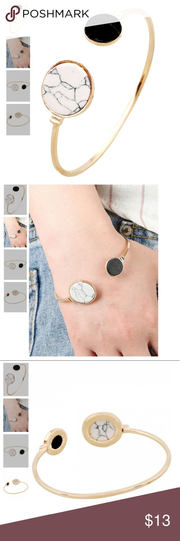 Stones bracelet round Item Type: Cuff Bracelet  Gender: For Women  Chain Type: Link Chain  Metal Type: Alloy  Style: Trendy  Shape/Pattern: Round Jewelry Bracelets