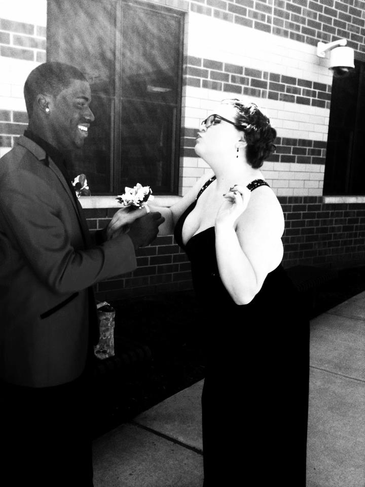 why interracial dating is wrong One in 10 people think the rise in interracial marriage is a change for the worse the united states is a nation built on the foundation of progress—change is often viewed as a good thing here.