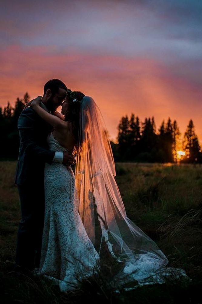 30 Artistic Wedding ceremony Entourage Photograph Concepts