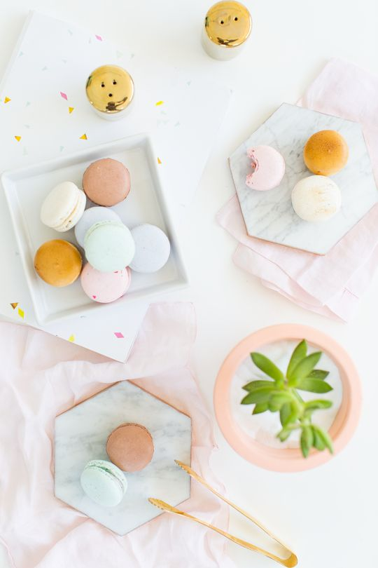 Make these DIY gilded marble hexagon serving boards for entertaining and parties for less than $5!