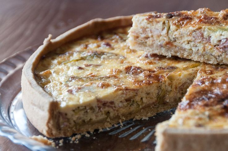 A fantastic, mouthwatering, mad meal, great for breakfast, lunch or even dinner!! #quiche #breakfast #recipeoftheday #akispetretzikis