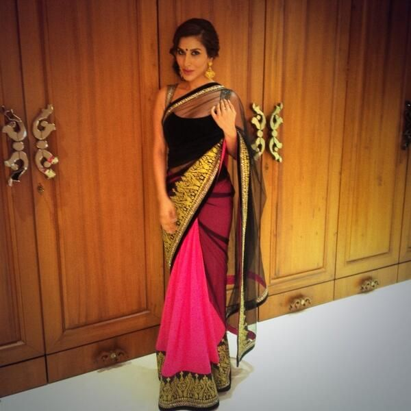 Sophie Choudry in a Manish Malhotra saree.  Like the pink & gold detailing of the skirt