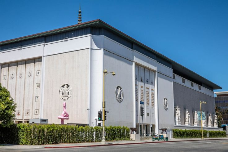 Inside LA's Newest Art Museum, the Private Foundation of Fashion Moguls