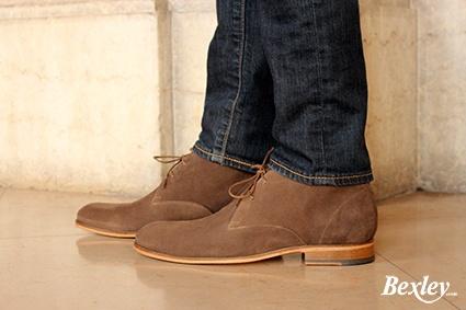 Bientôt chez Bexley  : Découvrez le nouveau coloris de la Clyde, le desert boot made in Bexley !