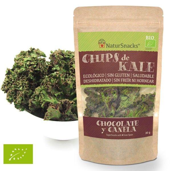 CHIPS KALE - CHOCOLATE&CANELA BIO Chips de Kale - Chocolate & Canela Bolsas de 30 gramos.  Ingredientes: Kale (Col rizada), pipas de girasol, copos de levadura de cerveza, cacao, canela, azucár moreno, sal. Nuestros aperitivos gourmet están de moda, son deliciosos y saludables, naturales, sin gluten, veganos, sin hornear ni freír.