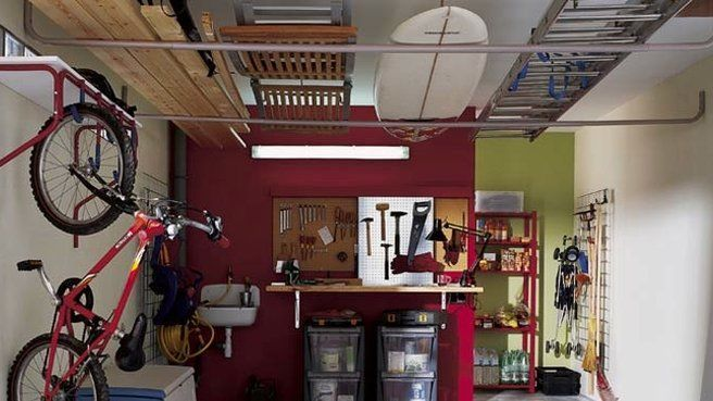materiel sportif garage sans oublier le plafond garage on cheap diy garage organization ideas to inspire you tips for clearing id=70133