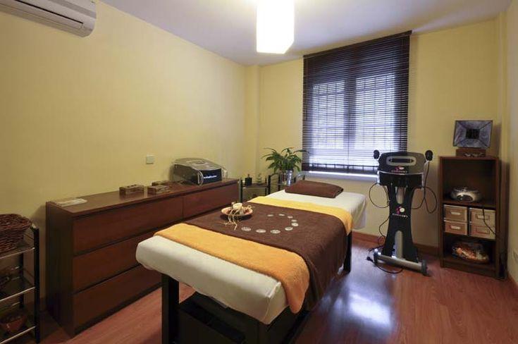 Cabina Naranja Centro de masaje y terapias alternativas guiomar- Madrid