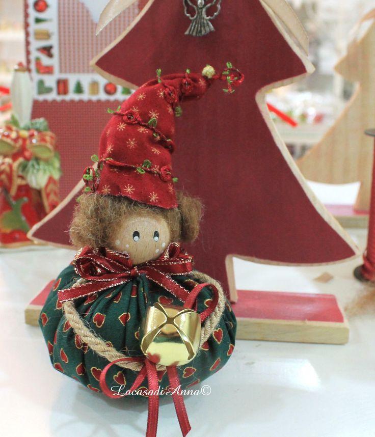 Oltre 25 fantastiche idee su finestre natalizie su - Pigne decorate natalizie ...