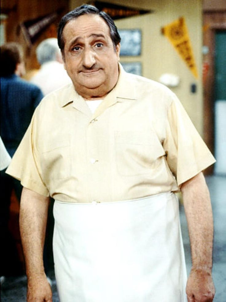Al Molinaro (Al Delvecchio) When 'Arnold' got married and left the restaurant business, Takahashi left the drive-in in good hands. Al became the new owner and cook at everyone's favorite diner - and he even went on to guest star in the spin-off 'Joanie Loves Chachi.' By the time Al Molinaro joined the 'Happy Days' cast, he had an entire career under his belt. After the show, he played Joe Alberghetti on 'The Family Man' and his last acting gig was a one-off role on 'Step by Step.'
