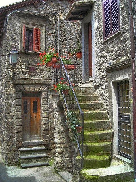 Italian entryway
