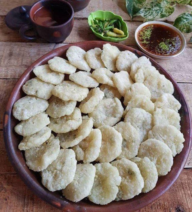 Resep Cara Membuat Cireng Crispy Yang Enak Gurih Dan Tidak Alot Iniresep Com Resep Resep Makanan Resep Kue