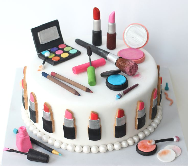 Make Up Cake by #BakedIdeas