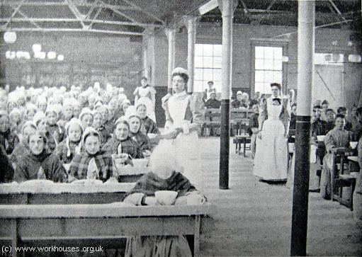 Poplar workhouse dining hall, c.1903 and link to workhouse recipes // Meet your privileged relatives, kids ...