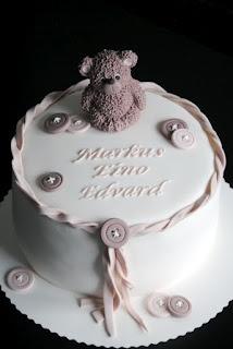 Homemade by MI: Markuksen ristiäiskakku / Christening Cake for Markus