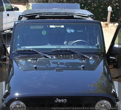 How To Remove the Jeep Wrangler's Cool New 3 Piece Modular Hard Top