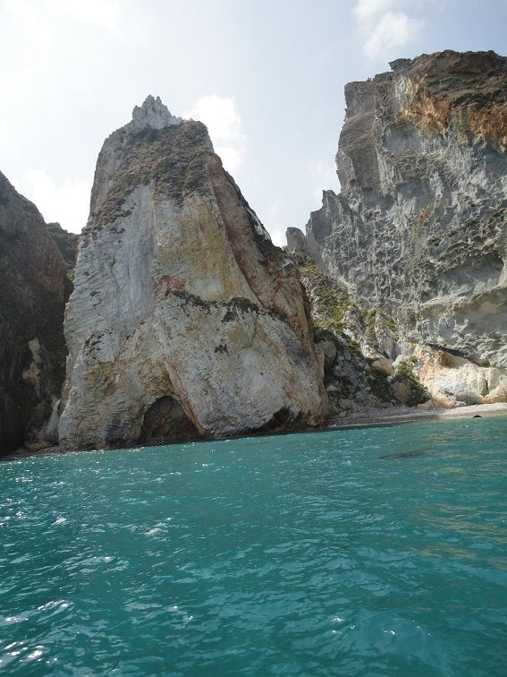 Costa di Palmarola, un angolo da sogno che non tutti conoscono
