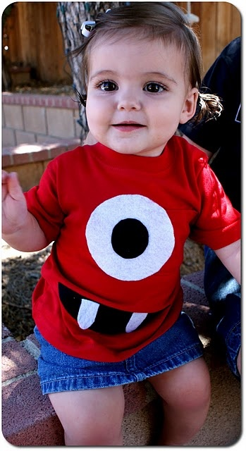 diy muno shirt! yogabbagabba diy