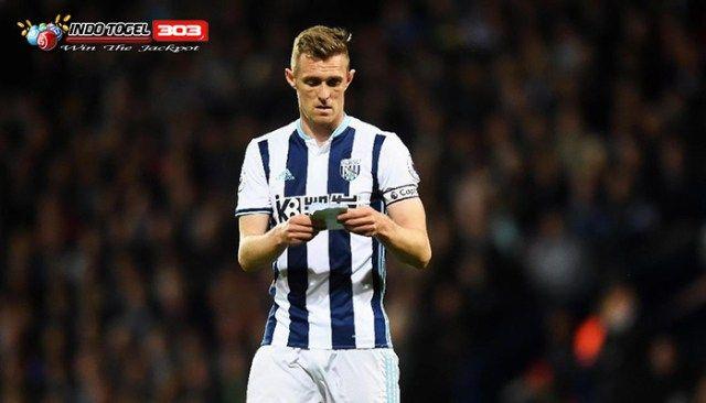Agen S128 - Darren Fletcher Resmi Gabung Stoke City