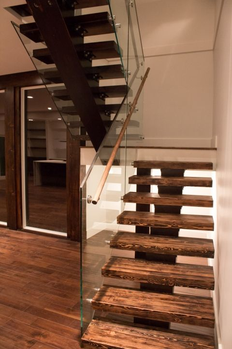 Best Modern Custom Home Floating Stairs Built By Balmoral 400 x 300
