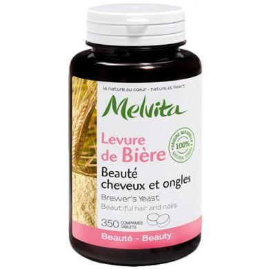 La levure de bière Melvita est naturellement riche  en vitamines B1, B2, B5, B6, B9 et PP et en acides aminés essentiels,  elle contient également des minéraux et des oligo-éléments (fer et zinc).Les vitamines du groupe B sont constituées d'...