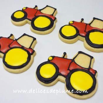 12 biscuits décorés tracteur rouge