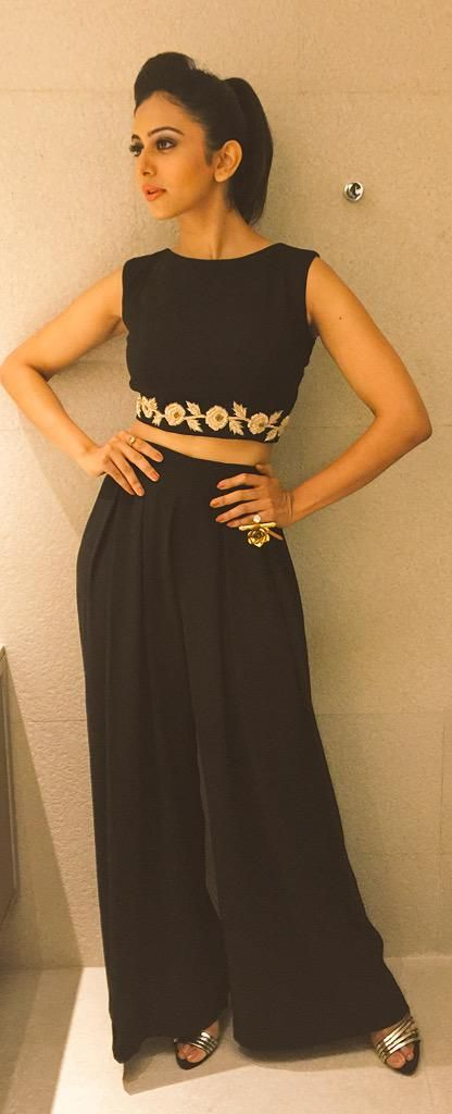 And she owns it @Rakulpreet in a crop top-palazzo twin set by #vinetibolaki @KiaraJewelry @SteveMaddenIN.Styled by me