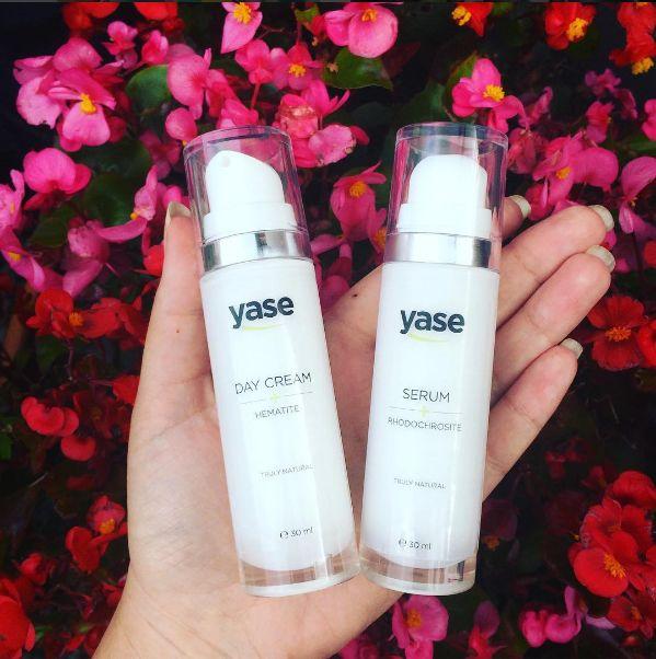 Review: Yase Cosmetics dagcrème en serum