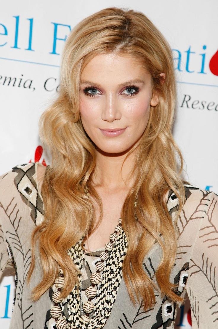 Delta Goodrem #Australia #celebrities #DeltaGoodrem Australian celebrity Delta Goodrem loves http://www.kangadiscounts.com