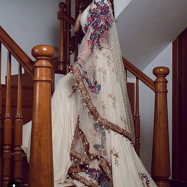 How beautiful are the designs and patterns on this stunning outfit  Dm or WhatsApp on 07966594600 for enquiries  #asian #asianfashion #asianclothes #pakistanfashion #makeup #makeupartist #hair #hairstylist #indian #boutique #wedding #pakistaniwedding #pakistanibride #pakistaniwear #pakistanidress #bride #bridesmaids #bengaliwedding #nomiansari #alixeeshan #hudabeauty #houseofzargham #asianstylesonline #lahore #dubai #london #makeuptutorial #makeupdolls