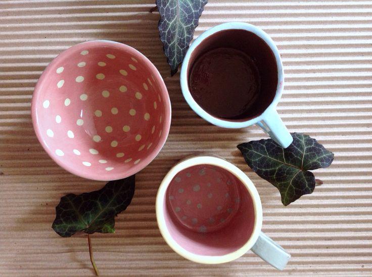 Чашки и мисочка