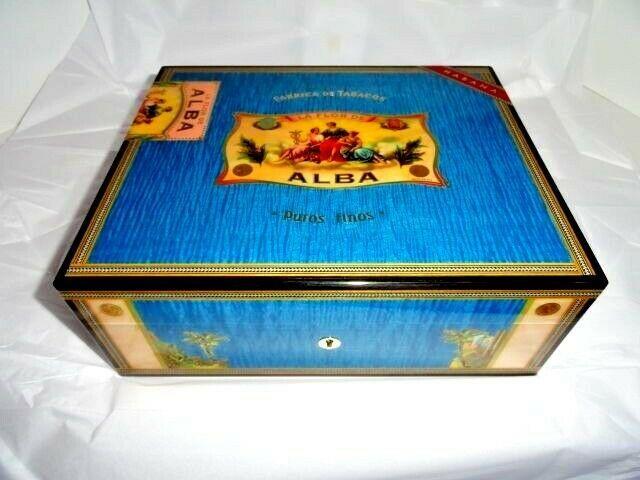 Elie Bleu Alba Blue Humidor 75 Ct Alba Bleu Blue Humidor