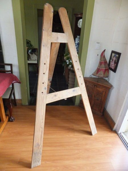 Solid wood Adjustable Artists easel with hinged back supportGet your creative spirit out with the full flush of Autumn shades coming our way!Can also be used as Stand for table seating arrangement at a function, menuoffering at a restaurant or as a display for a shop/theatre etcWhy to buy:Solid wood - sturdyHinged back support - easy to fold flat and provides extra stabilityVersatile - can be put to multiple usesApproximate dimensions: Tall 174cm high