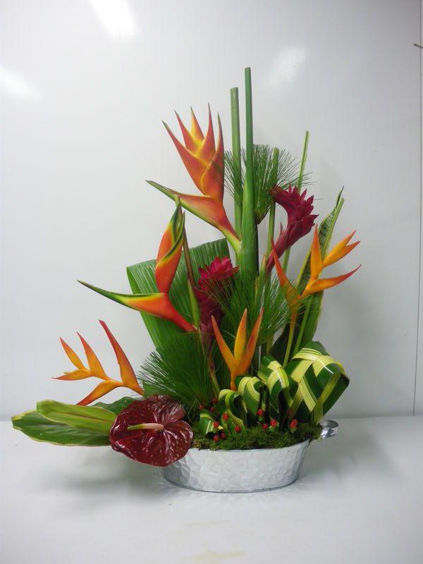 17 meilleures id es propos de composition florale sur pinterest compositions florales. Black Bedroom Furniture Sets. Home Design Ideas