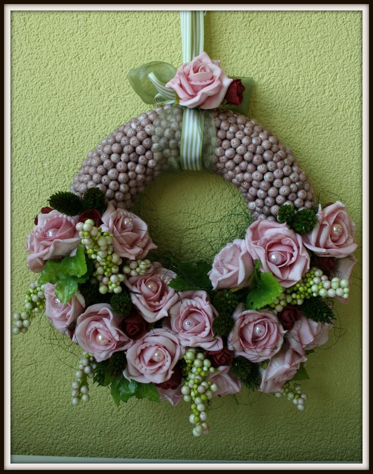 Wreath, made by Conny's Frutsels