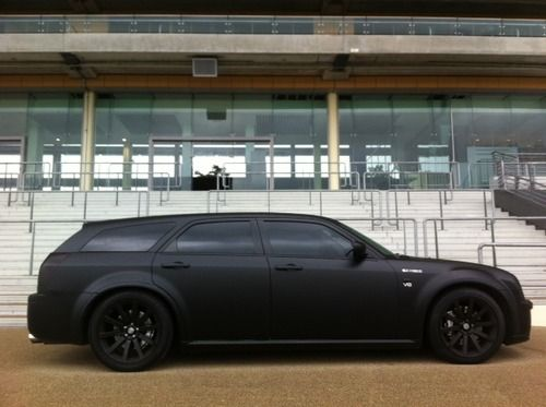 Dodge Magnum SRT8 6.1L V8 Hemi via www.highsocietygso.com >>