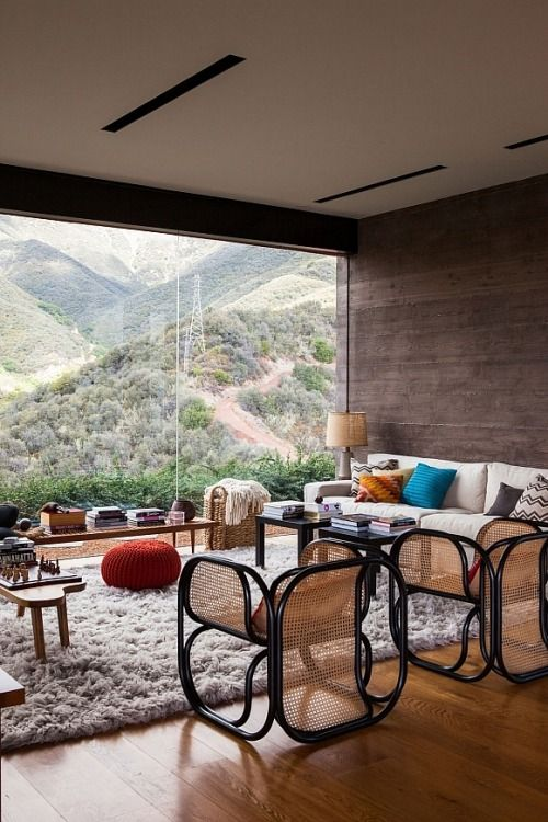 Would never tire of this view! What a living space.