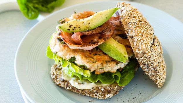 Chicken burger with avocado and bacon recipe - 9Kitchen