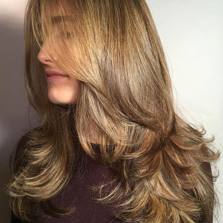 nice Обаятельная стрижка лесенка на длинные волосы с челкой и без (50 фото) Читай больше http://avrorra.com/strizhka-lesenka-na-dlinnye-volosy-foto/