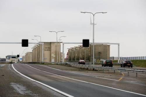 Tot dinsdagochtend verkeershinder Afsluitdijk