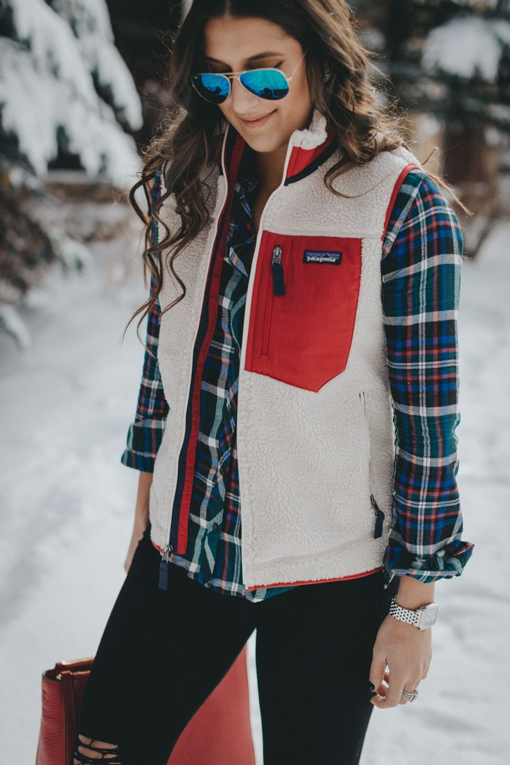 patagonia classic retro x fleece vest, patagonia vest, patagonia fleece vest, plaid flannel shirt, red duckboots, duck boots, bean boots, sperry duck boots, colorado style, snow style, snow outfit // grace wainwright a southern drawl