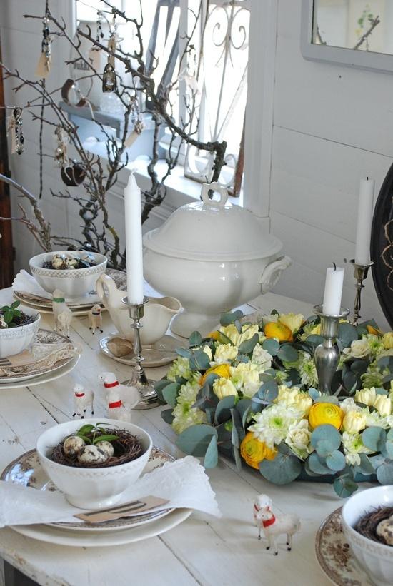 #Easter Table Decoration Ideas & 187 best Easter Floral Design images on Pinterest | Floral ...