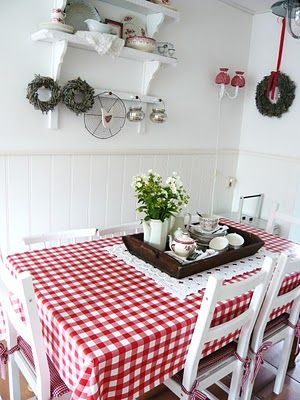 Love a red and white checkered tablecloth