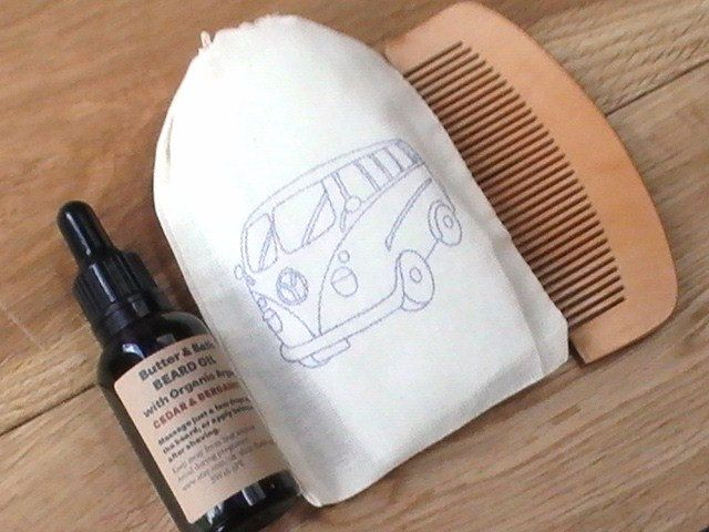 beard grooming kit vegan beard oil set comb natural beard oil gift for him beard. Black Bedroom Furniture Sets. Home Design Ideas