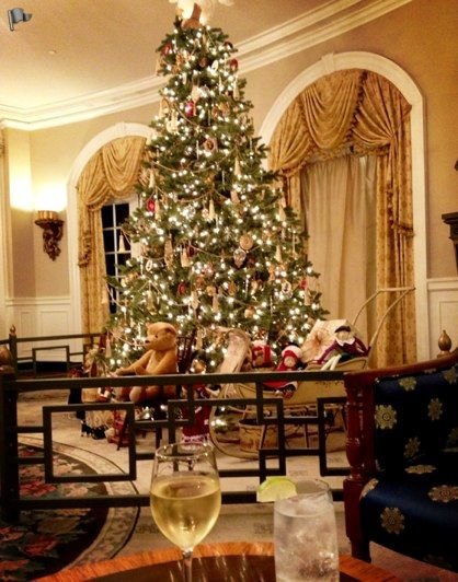 284 best images about colonial christmas on pinterest for Williamsburg home decor