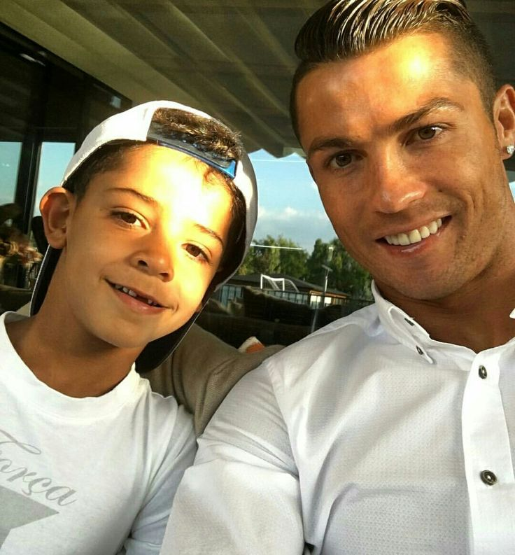 """""""🔥"""" Photos from Instagram: @Cristiano"""
