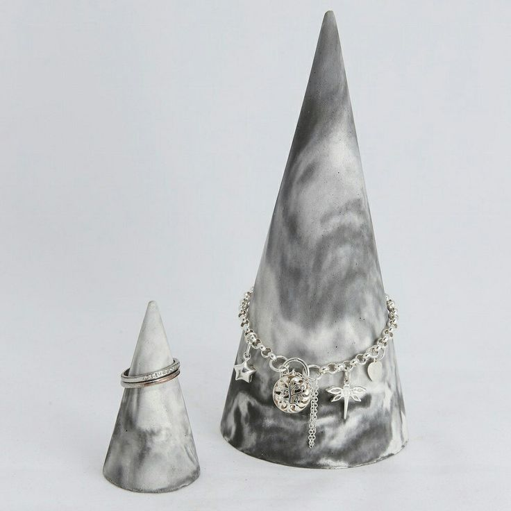 Spoil yourself with a set of Jewellery Cones today! Handmade of quality concrete and available in Marble, Black and Grey 😍👌👌 Grab yours today