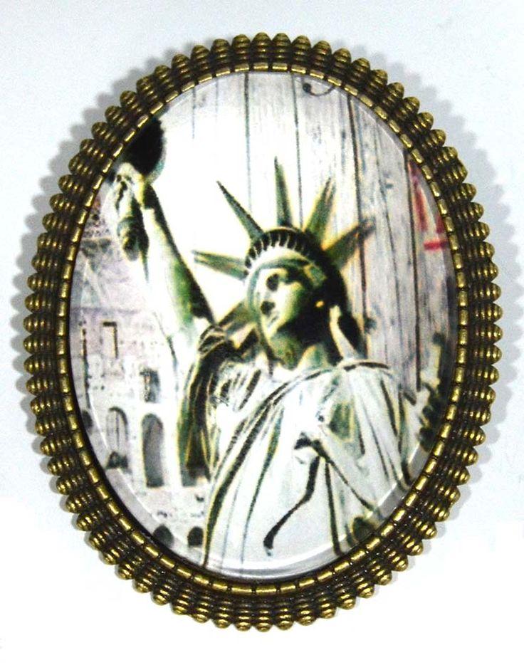 BROCHES DE NUEVA YORK....PARA LOS AMANTES DE ESTA PRECIOSA CIUDAD.TAMAÑO GRANDE O PEQUEÑO. http://www.misstendencias.com/21-broches